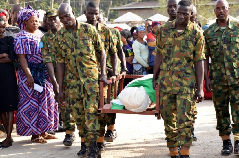 pic.16.-nigeria-army-buries-14-military-personnel-attacked-by-boko-haram-1024x678